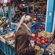 Carlsplatz market